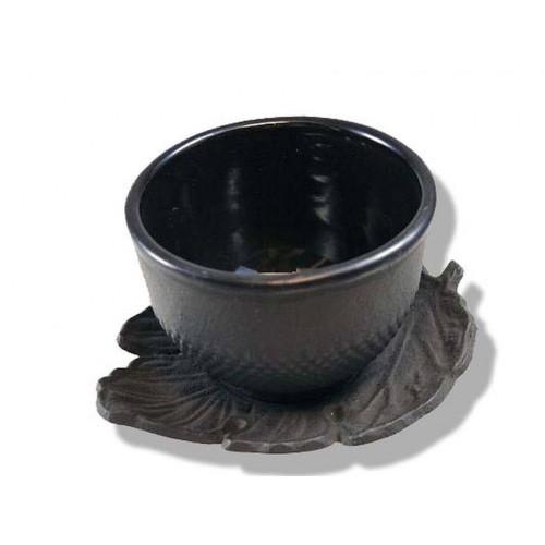 Litinový šálek a podšálek na čaj - 'Arare'. 125 ml
